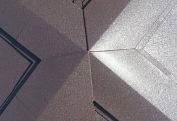 寄棟屋根のトップ