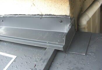 テイガク屋根修理の板金加工