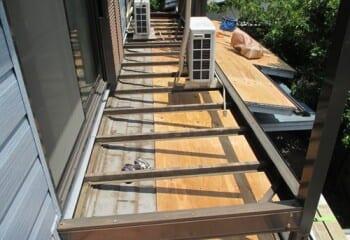 屋根面の施工