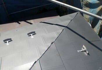 屋根本体張り工事完成