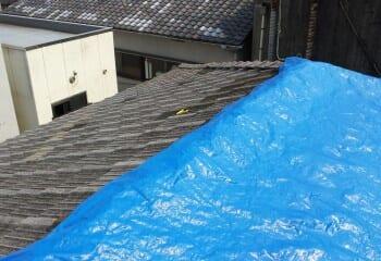 横浜市泉区屋根 既存棟撤去途中