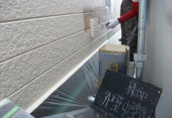 外壁塗装工事 中塗り