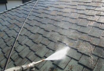 コロニアル屋根の洗浄
