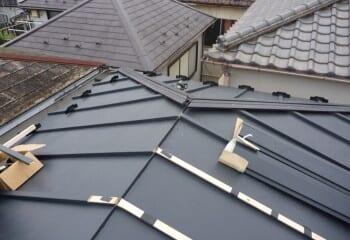 7.屋根カバー工法(本体張り2)