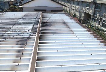折板屋根のリフォーム