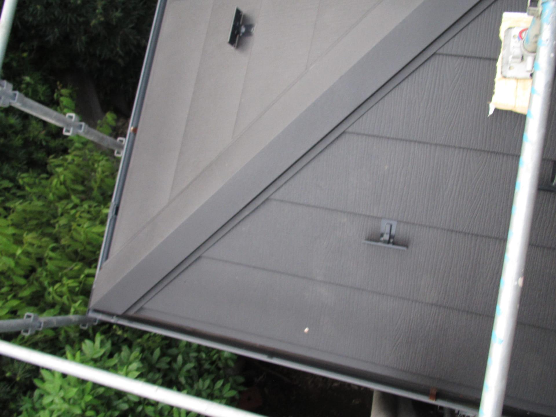 越谷市のコロニアル屋根カバー工法 完成