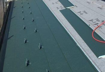 11.スーパーガルバリウム鋼板屋根張り