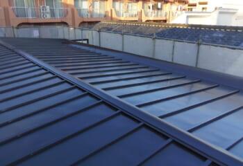 瓦棒屋根の雨漏り改修
