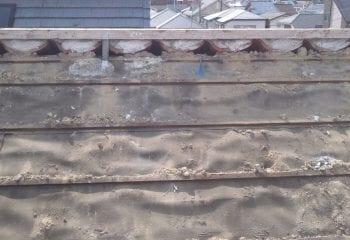 池田市の屋根 葺き替え工事開始