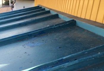 2.さいたま市大宮区 既存下屋根