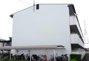 大阪府枚方市のマンション 金属サイディングリフォーム工事完成