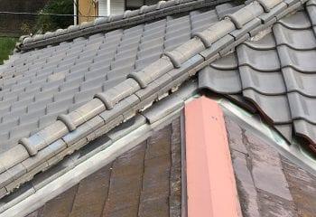 1.横浜市戸塚区 異なる屋根材で構成された屋根