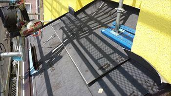 9.下屋根のカバー工法開始
