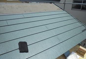 軽量金属屋根張り工事