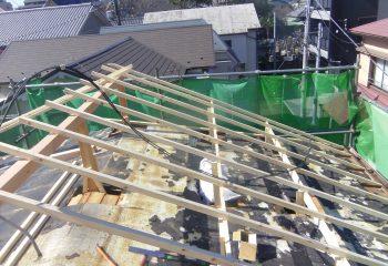 嵩上げ屋根