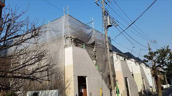 4.屋根工事開始 足場組立 養生シート張