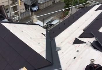 4.石粒付き鋼板屋根の施工