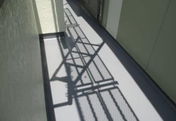 床下防水の塗布