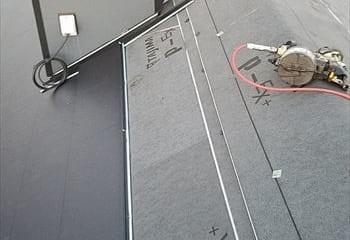 屋根本体張り