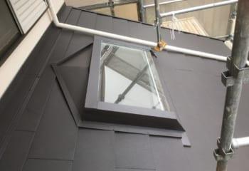 下屋根の天窓板金