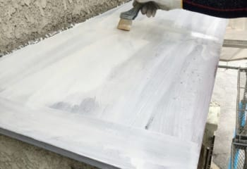 庇板金の塗装2