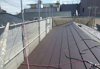 下葺き材張りと屋根本体施工
