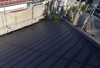 越谷市の屋根カバー工法リフォーム完成です