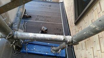 防水シート貼り