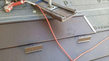 金属屋根張り工事