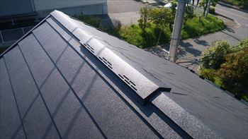 松戸市の換気棟取り付け屋根リフォーム完成です