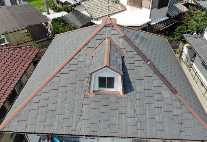 現場調査 屋根の状態を確認
