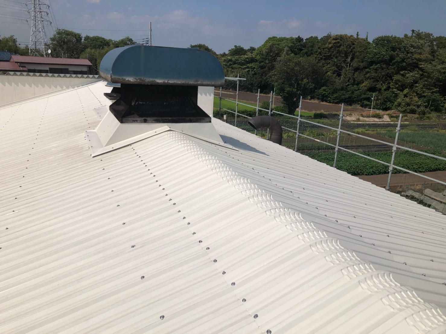 工場の屋根工事もテイガク屋根修理で