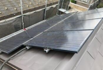川崎市川崎区太陽光パネルが取り付けられたパミールのリフォーム工事完成