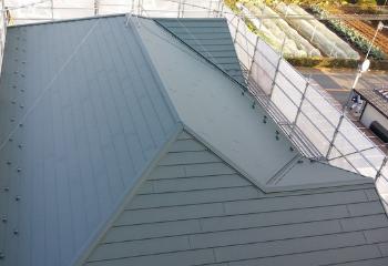 グリーンの屋根の色