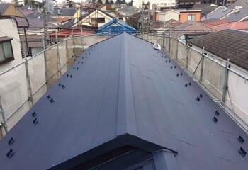 中野区のカバー工法による屋根リフォームが完成です
