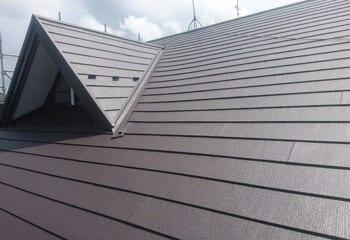 川越市の部分的な葺き替えとカバー工法による屋根リフォーム完成です