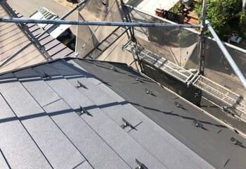 腰折れ屋根の工事は少し手間がかかる