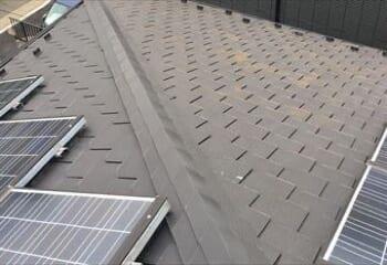 スーパーガルテクトフッ素による屋根カバー工法の施工前写真