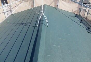 スーパーガルテクトによる屋根葺き替え工事の施工後写真