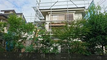 府中市の屋根工事開始