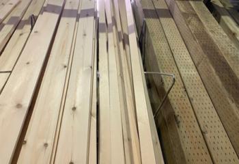 半貫サイズの木材を使用