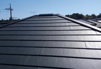 宝塚市の屋根カバー工法によるリフォームが完成