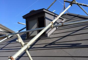 枚方市のカバー工法による屋根リフォームが完成