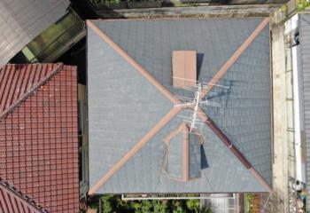 現場調査 反対の屋根面にもドーマーが取り付けられている
