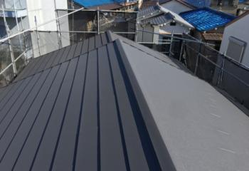 寝屋川市の屋根葺き替えと外壁塗装リフォームが完成
