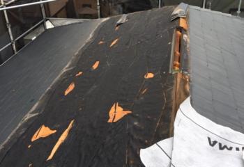 工事開始 古い屋根を取り外す