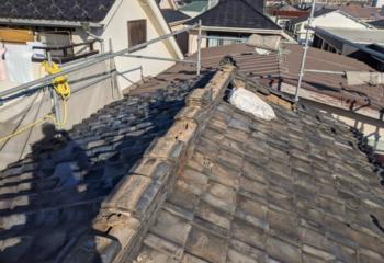 現地調査 瓦屋根の様子