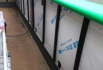 外壁カバー工法 (5)防水シート、胴縁を取り付け