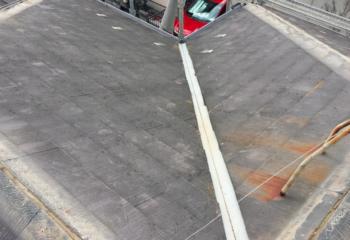 屋根カバー工法 (2)雪止め金具を撤去