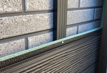 外壁カバー工法 (6)金属サイディングを張り付け